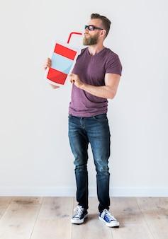 Uomo barbuto con icona di bere soda