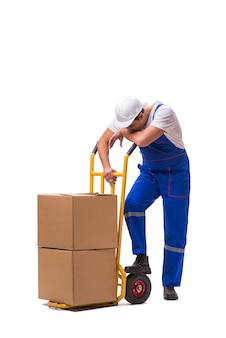 Uomo che consegna scatola isolata on white