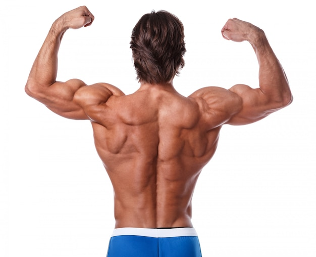 Uomo che mostra la sua schiena muscolare