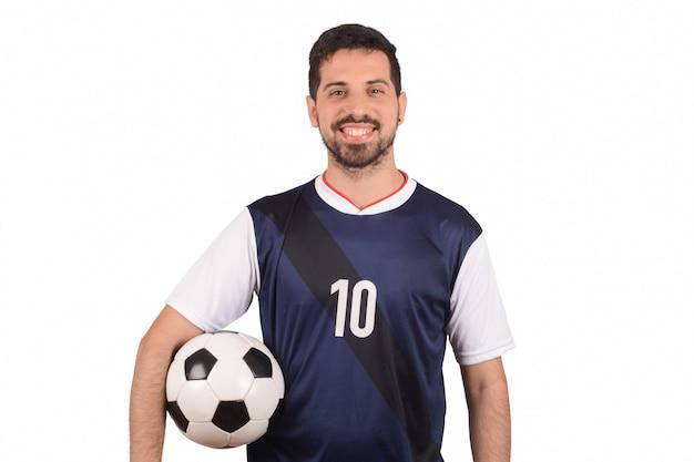 Uomo con pallone da calcio