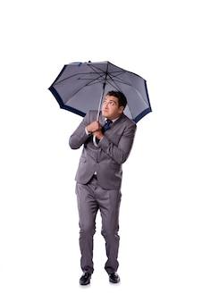 Uomo d'affari con l'ombrello isolato su bianco