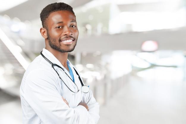 Uomo medico afroamericano nero