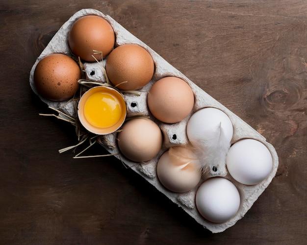 Uova di gallina fresche di primo piano