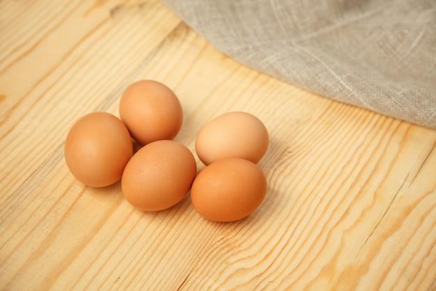 Uova fresche di fattoria