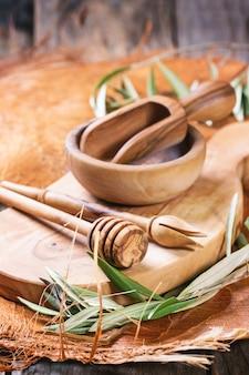 Utensile da cucina in legno d'ulivo