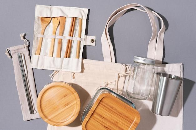 Utensili da cucina ecologici e shopping bag in tela