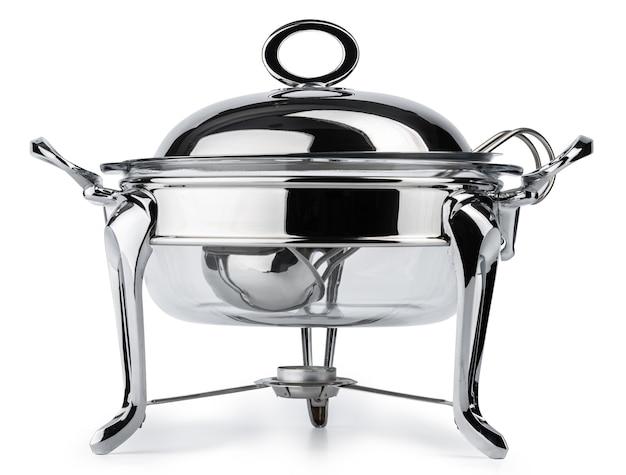 Utensili da cucina in metallo per servizio di ristorazione a buffet isolato su bianco