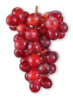 Uva rossa isolata sul percorso di ritaglio bianco