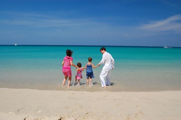 Vacanza al mare in famiglia