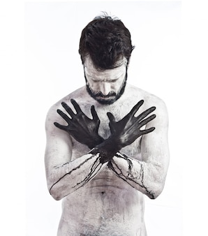 Vampiro con le mani nere