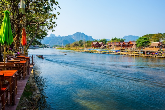 Vang vieng città interessanti in laos