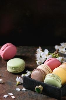 Varietà di amaretti da dessert francesi