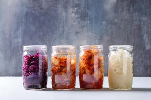 Varietà di cibo fermentato