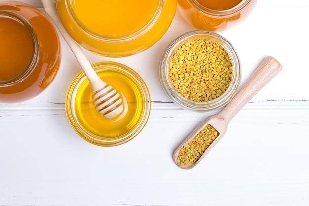 Vasetti di vetro miele