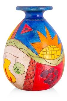Vaso in ceramica con ornamento su un bianco