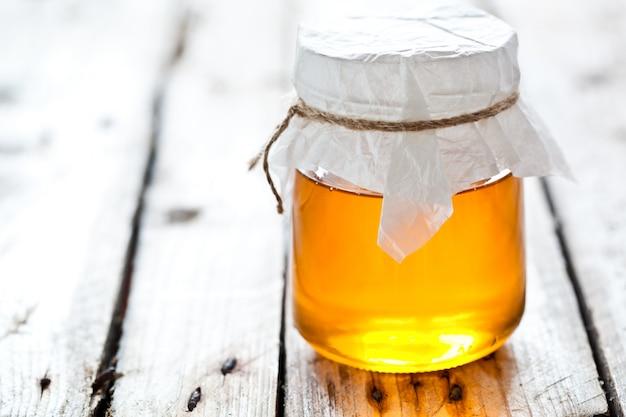 Vaso pieno di miele