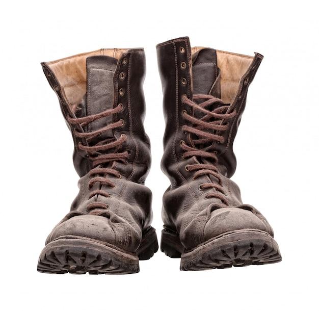 Vecchi stivali da combattimento