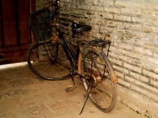 Vecchia bicicletta, hanoi