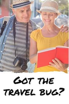 Vecchia coppia in cerca di un libro