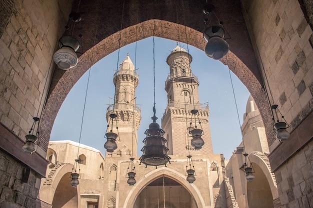 Vecchia moschea al cairo in egitto