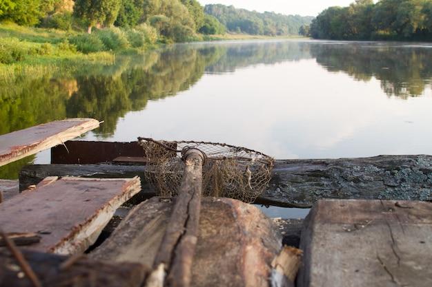 Vecchia rete da pesca fatta in casa
