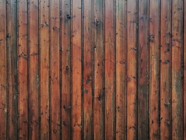 Vecchia struttura di legno scuro