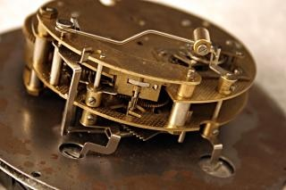 Vecchio colpo marcro orologio, macro, metallico