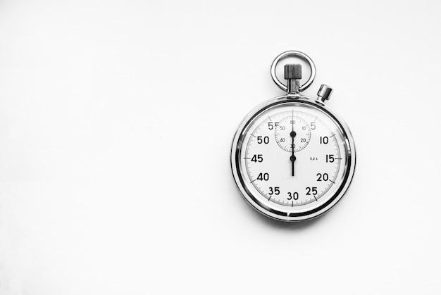 Vecchio cronometro isolato