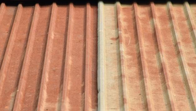 Vecchio sfondo di zinco arrugginito