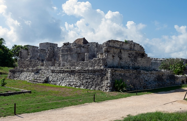 Vecchio sito maya, le rovine di tulum, ouintana roo, messico
