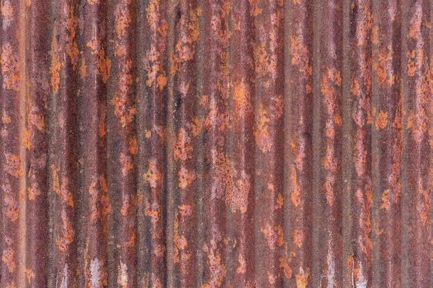 Vecchio strato galvanizzato con il fondo di struttura della ruggine