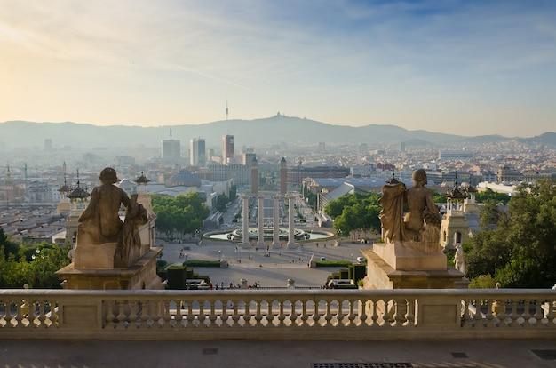 Veduta di plaza de espana a barcellona