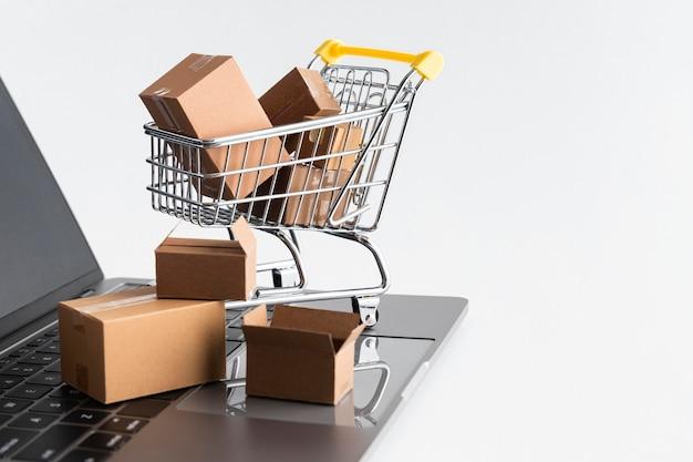 Vendite dello shopping del cyber lunedì