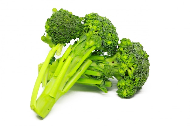 Verdura dei broccoli isolata