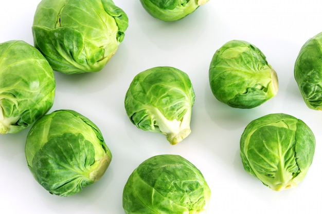 Verdure verdi fresche dei cavoletti di bruxelles