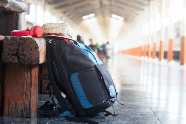 Viaggi nel concetto di vacanza. tono dell'annata.