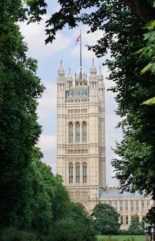 Victoria tower, houses of parliament di londra, regno unito