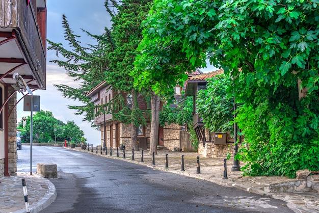 Vie della città vecchia di nessebar, bulgaria