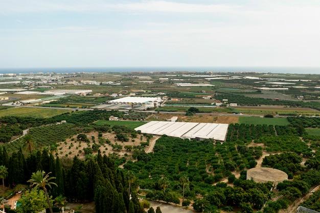 Villaggio di alta vista preso dal drone