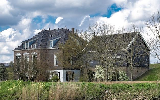 Villaggio tradizionale della casa