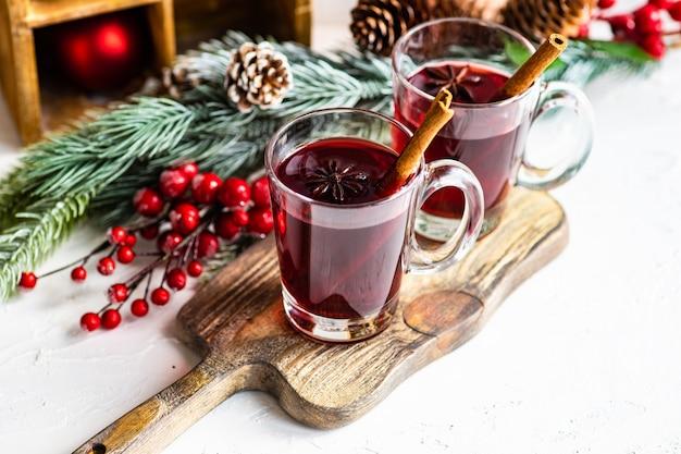 Vin brulè natalizio