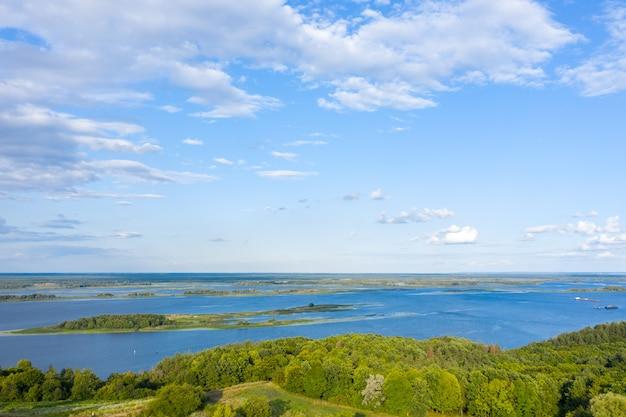 Vista aerea del parco nazionale delle everglades, florida stati uniti. palude, zone umide.