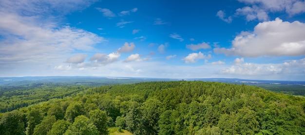 Vista aerea delle montagne di harz germania