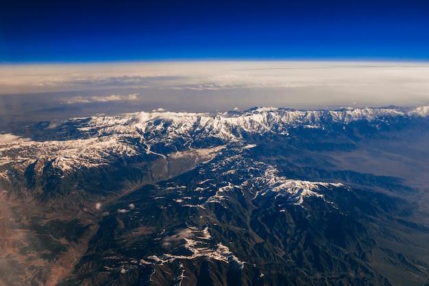 Vista aerea delle montagne