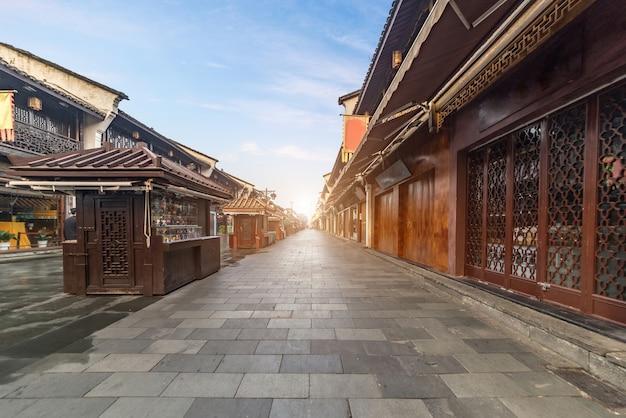 Vista antica della via di qinghefang nella provincia di zhejiang della città di hangzhou cina