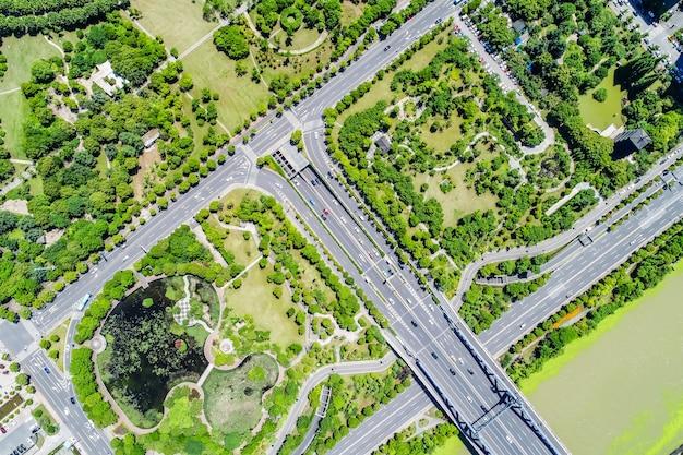 Vista dall'alto al ponte