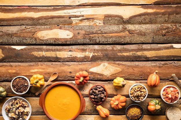 Vista dall'alto cornice tradizionale cibo autunnale