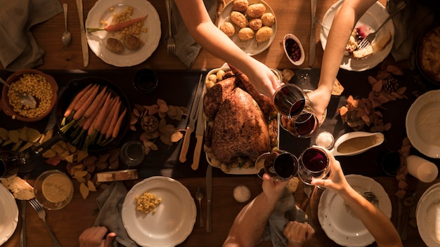 Vista dall'alto del delizioso pasto del ringraziamento