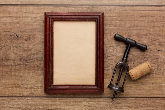 Vista dall'alto del telaio in legno con copia spazio