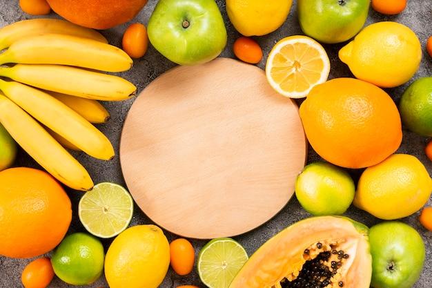 Vista dall'alto deliziosa composizione di frutti